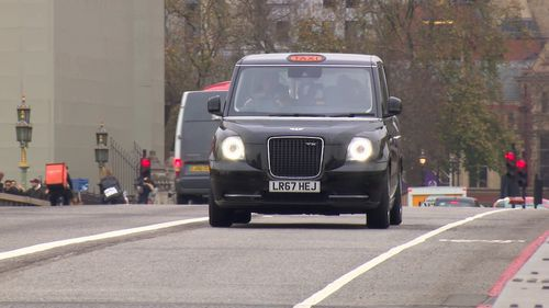 London's iconic black taxis are going electric in an effort to reduce carbon emissions in the already heavily polluted city (9NEWS)