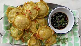 Pie maker chicken and mushroom dumplings