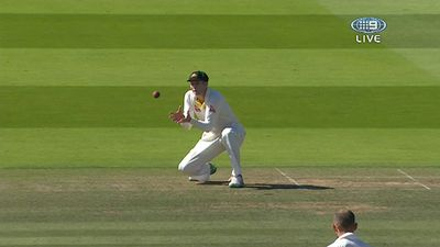 Voges catches Broad