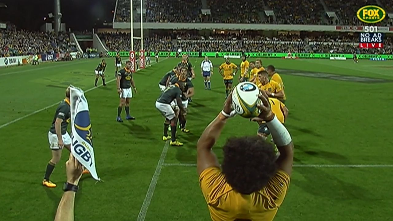 Wallabies score off line-out