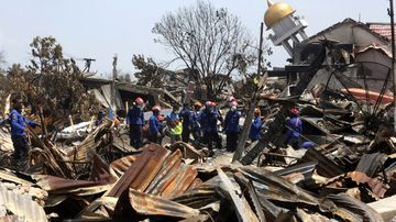 Death toll skyrockets from Indonesian tsunami disaster