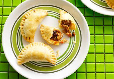 """Recipe: <a href=""""/recipes/ichicken/8349944/chicken-raisin-and-pine-nut-empanadas"""" target=""""_top"""">Chicken raisin and pinenut empanadas</a>"""