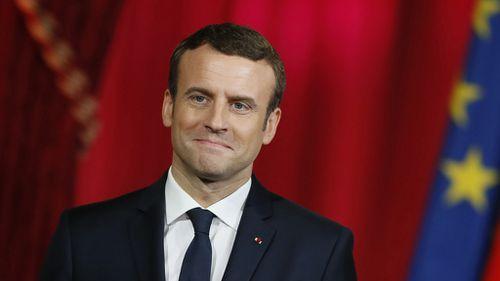 Emmanuel Macron sworn in as new French president