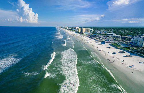 8. New Smyrna Beach, USA