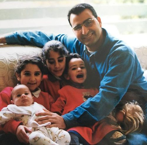 Hazem Hamouda with his four daughters Lamisse, Jasmine, Saja and Amira.