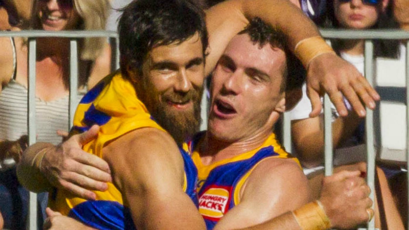 Walters hurt as Eagles overpower Dockers