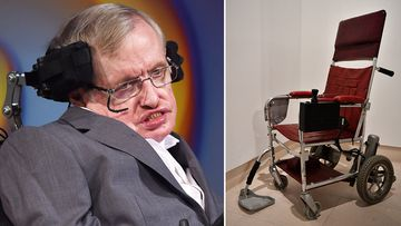 A wheelchair used by physicist Stephen Hawking has sold at auction for almost 300,000 pounds (AU$539,949).