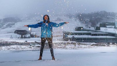 Playing in the snow at Perisher. (Perisher/Instagram)
