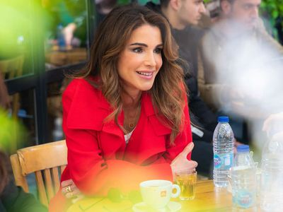 Happy 50th, Queen Rania!