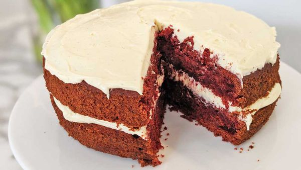 Classic beetroot red velvet cake
