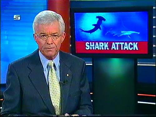 Frank Warrick presenting 9News Queensland in 2002.