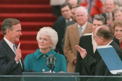George HW Bush sworn in as 41st US president