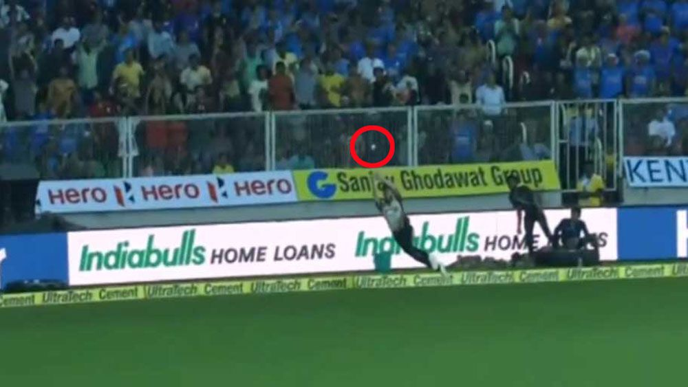 New Zealand Black Caps lose T20 decider in India after Mitchell Santner sets up spectacular catch