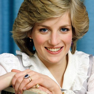 Princess Diana in 1983, her engagement ring on display.