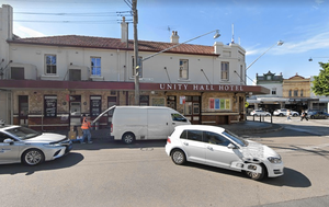 Bars in Bondi and Balmain fined for breaching COVID-19 restrictions as nine new cases recorded