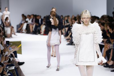 <p>Legging it&nbsp;</p> <p>Giambattista Valli, haute couture autumn/winter, '16/'17, Paris Fashion Week&nbsp;</p>