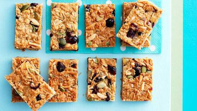 "<strong>Recipe:&nbsp;<a href=""http://kitchen.nine.com.au/2016/05/16/15/58/muesli-slice"" target=""_top"">Muesli slice</a></strong><a href=""http://kitchen.nine.com.au/2016/05/16/15/58/muesli-slice"" target=""_top""><br /> </a>"