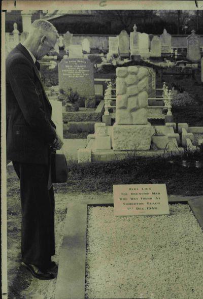 Somerton Man buried