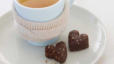 "<a href=""http://kitchen.nine.com.au/2017/04/13/08/51/cacao-fudge-bites"" target=""_top"">Cacao fudge bites</a><br /> <br /> *Contains nuts"