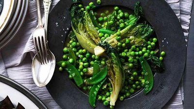 Braised lettuce and peas