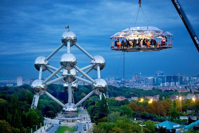 <strong>Dinner in the Sky, worldwide </strong>