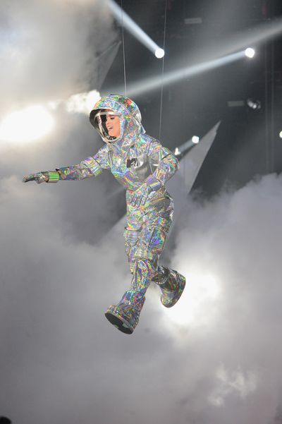 <p><strong>Look 6</strong></p> <p>Katy Perry delivers a different version of space chic in this shiny take on NASA's most famous uniform.</p>