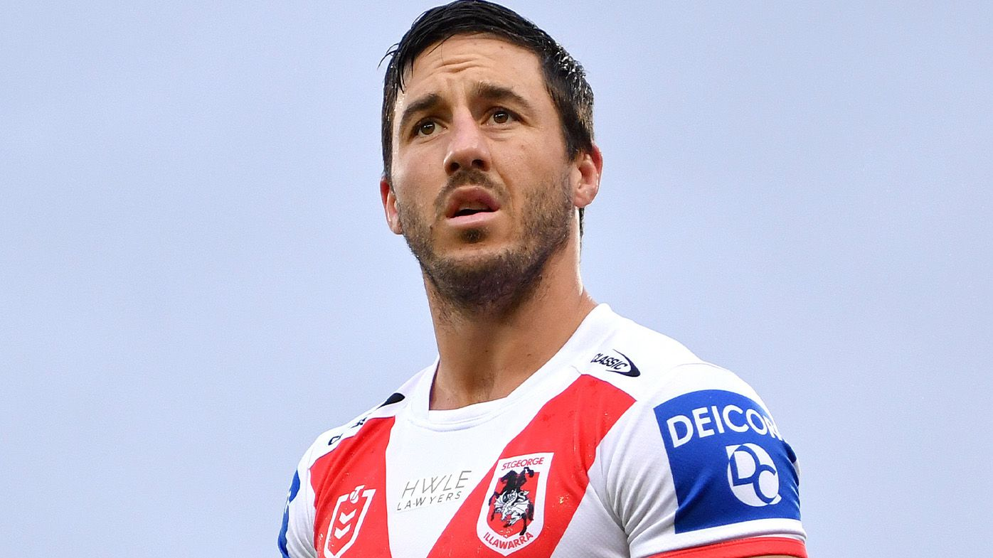 St George Illawarra Dragons captain Ben Hunt suffers broken leg