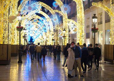 Locals enjoy Malaga's Christmas display