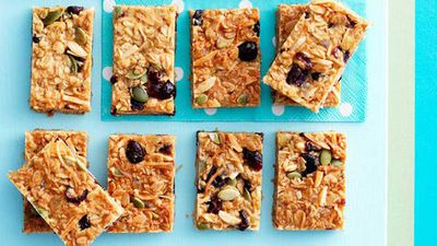 <strong>Muesli slice</strong>