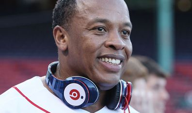 Dr. Dre: headphones