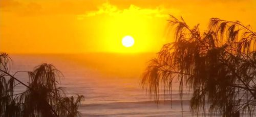 Both Sydney and Adelaide recorded their hottest April weather on record yesterday. (9NEWS)