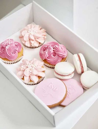 Love it Cakes gift box – Geelong, Vic