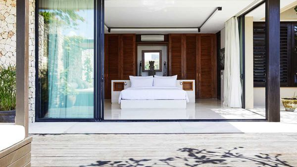 Luxury villa - The Ungasan Clifftop Resort Bali