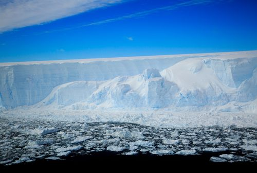 View of the Larsen C iceberg taken from one of British Antarctic Survey's twin otter. (Ali Rose, British Antarctic Survey)