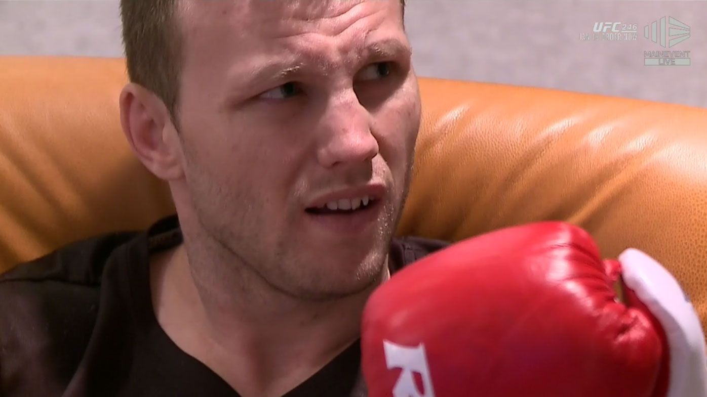 Jeff Horn unhappy with glove