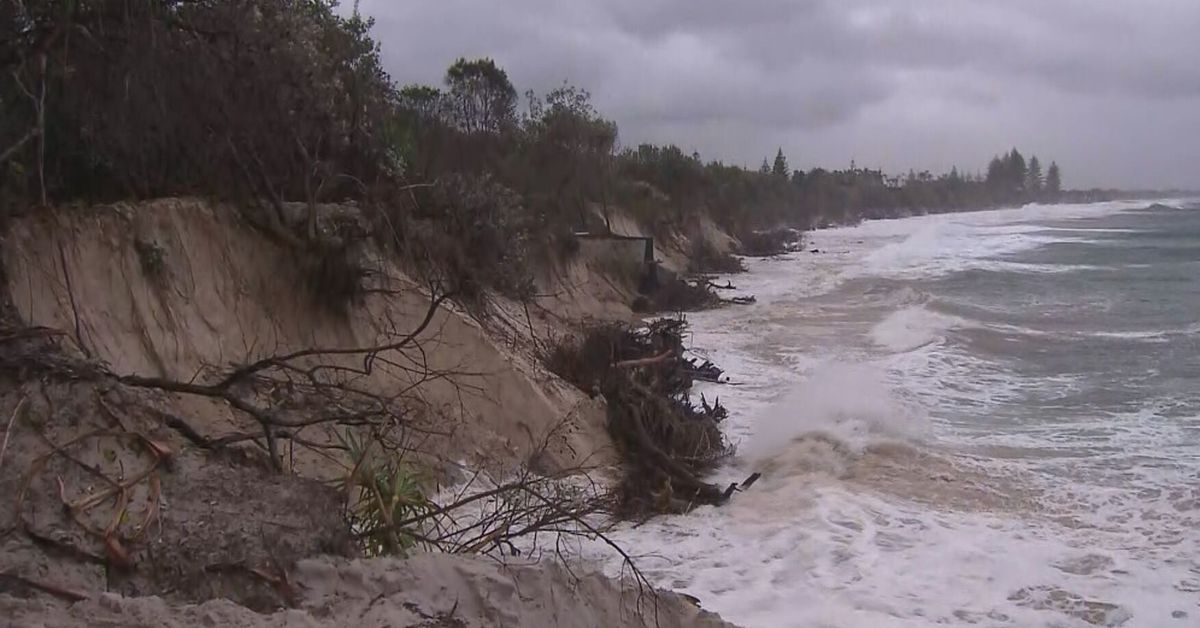 Byron Bay's famous beach has almost disappeared – 9News