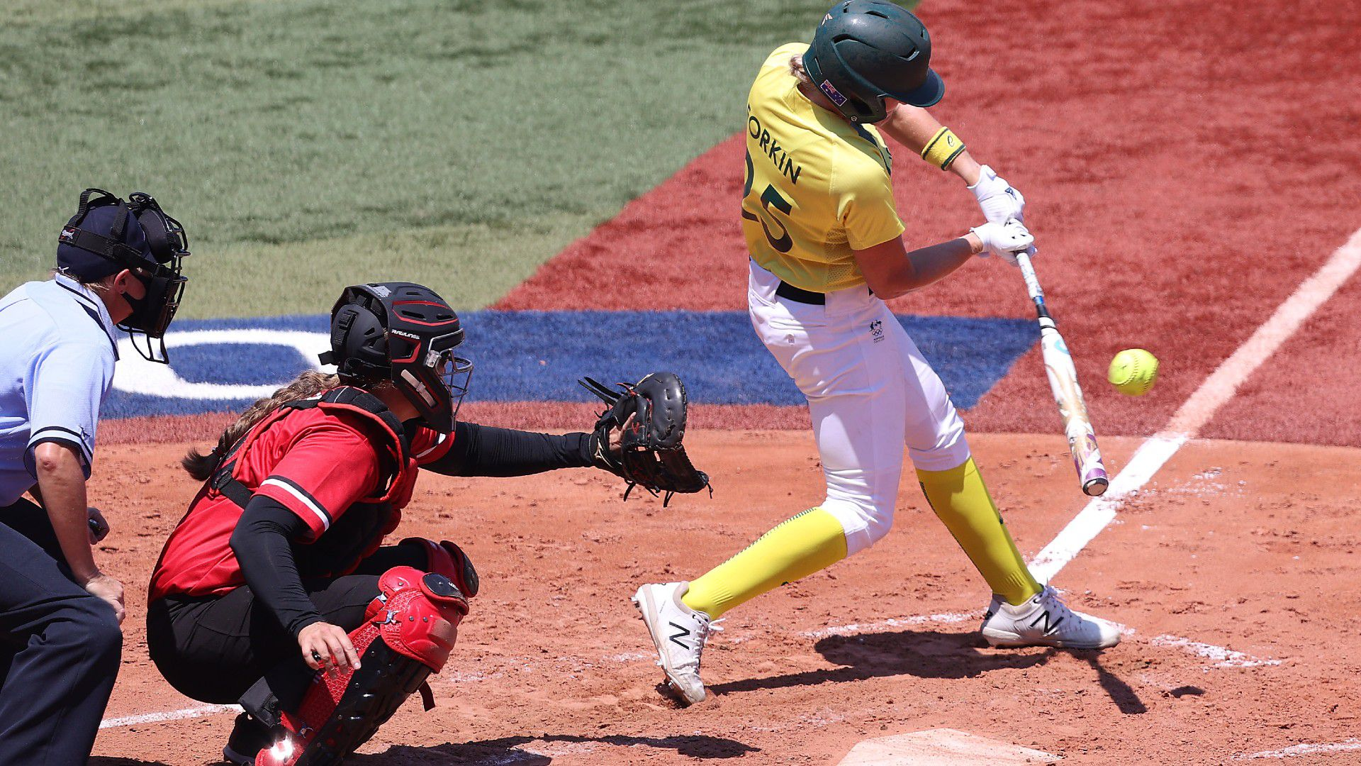 Australia's softball medal hopes take huge hit in thumping loss to Canada