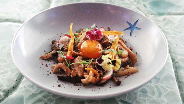 Jack Yoss' warm mushroom salad