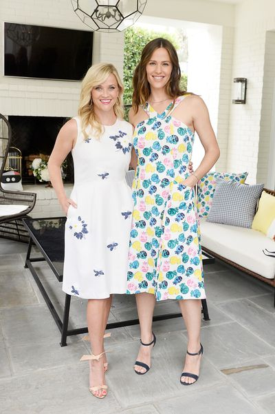 Reese Witherspoon with Jennifer Garner at the Draper James/Net-a-porter luncheon.