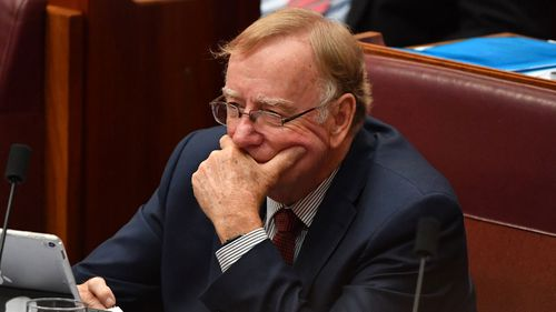 Ian Macdonald asked if Penny Wong was related to a Chinese billionaire.