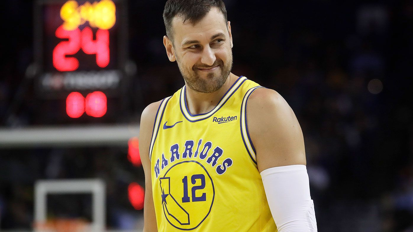 Andrew Bogut stars for the Warriors