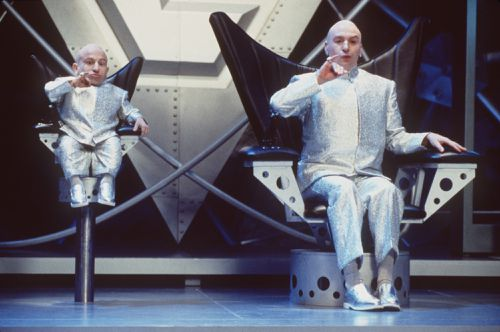 Troyer alongside comedian Mike Myers in the Austin Powers films. (AAP)