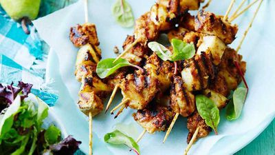 "<a href=""http://kitchen.nine.com.au/2017/04/05/17/11/easy-satay-pork-skewers"" target=""_top"">Easy satay pork skewers</a>"