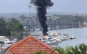 Man, 19, burnt in boat fire on south Sydney river