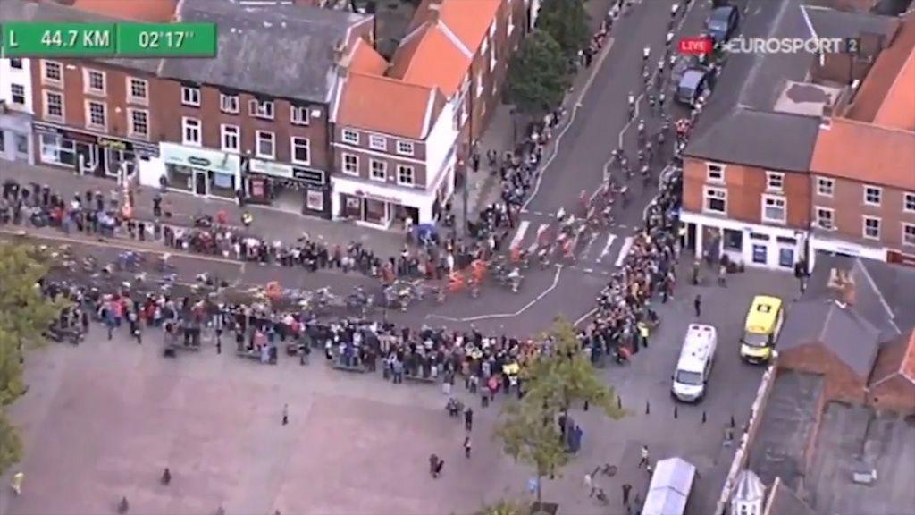Tour of Britain pile up