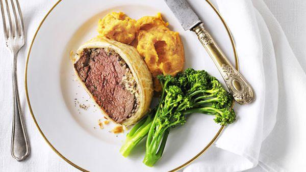 Weight watchers' beef wellington with pumpkin puree