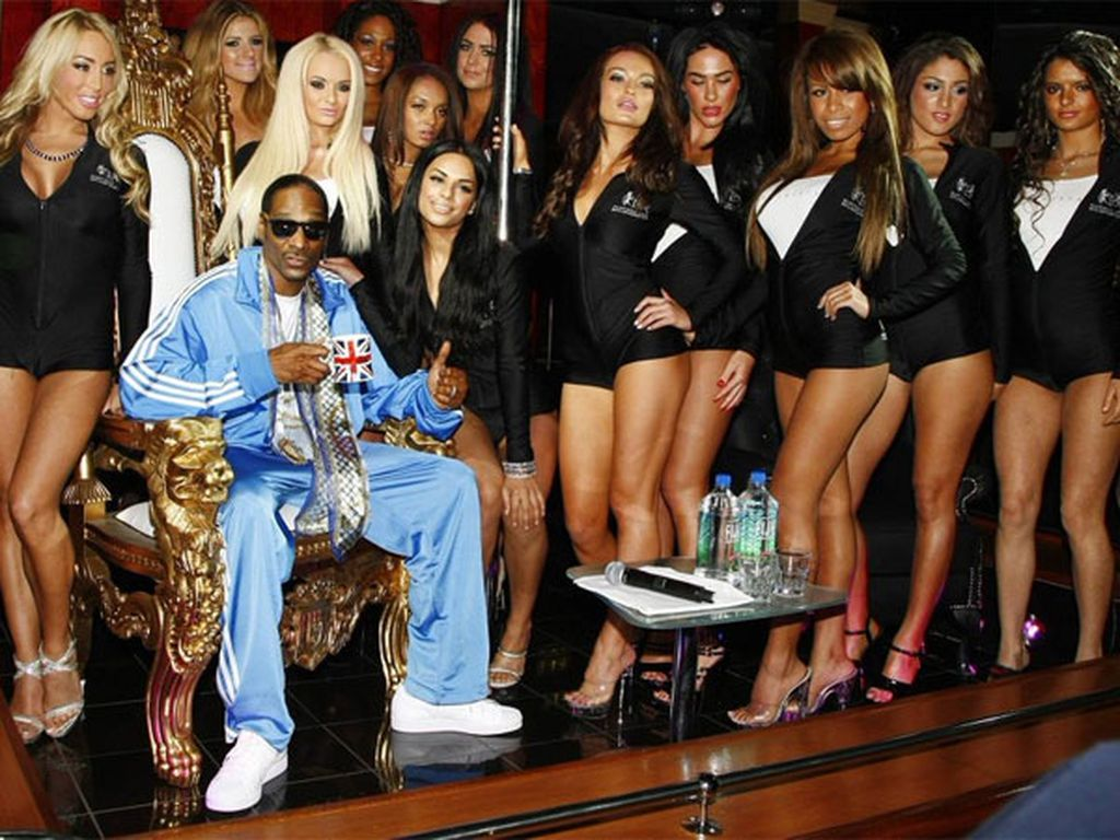 US rapper Snoop Dogg is among a long list of celebrities who have  reportedly visited the club in the past.