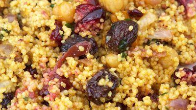 Mint and fruit couscous