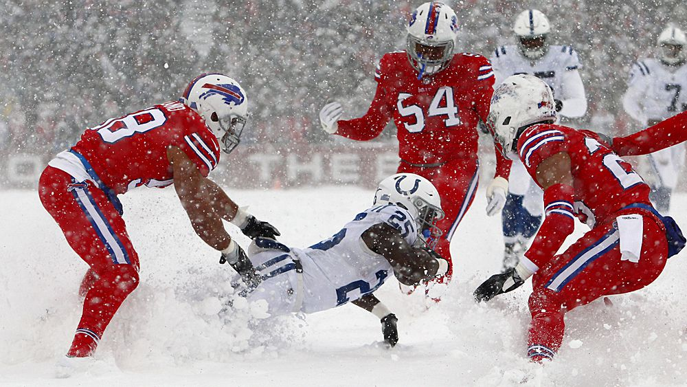 NFL: Buffalo Bills and Indianapolis Colts play in unbelievable snowstorm