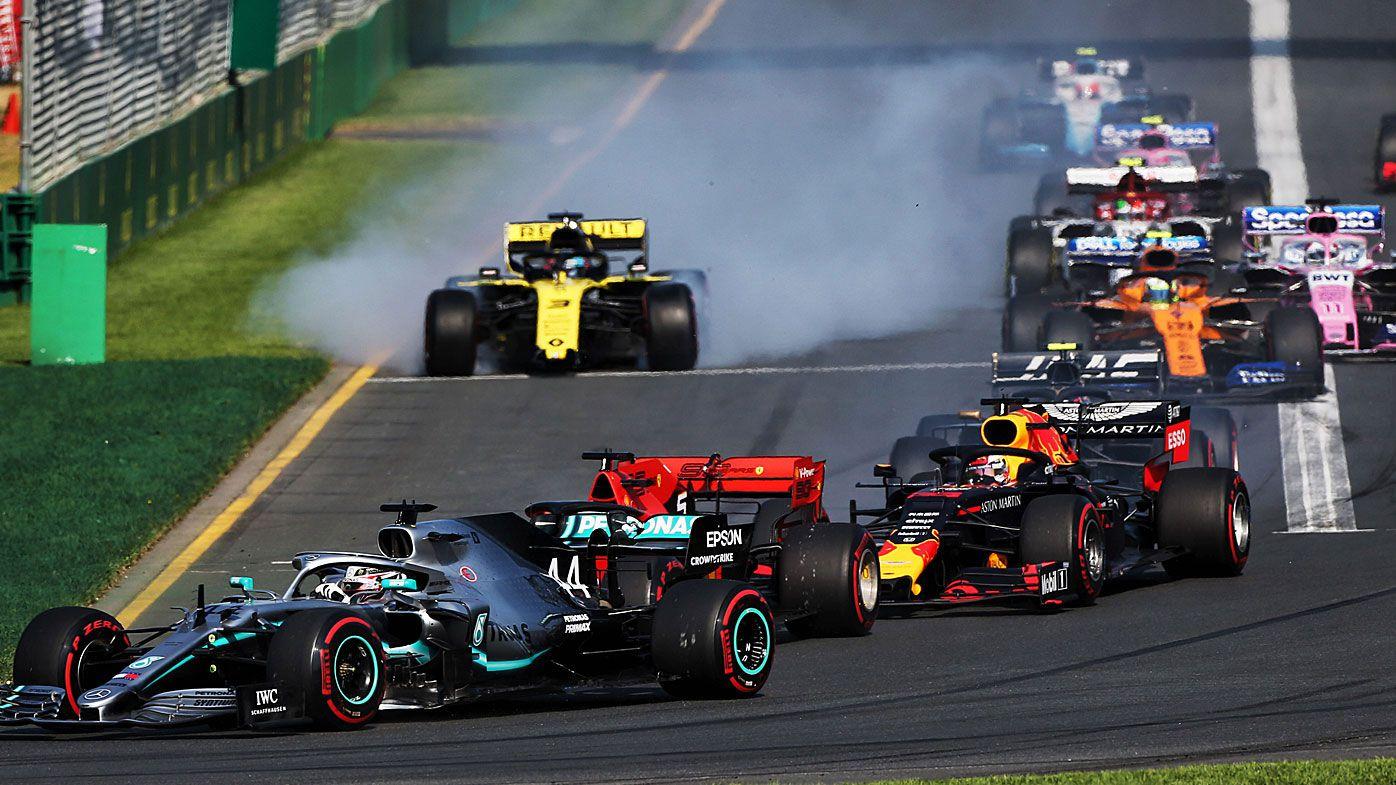 Daniel Ricciardo loses his front wing at the Australian Grand Prix